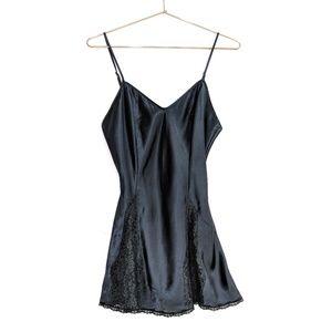 Victoria's Secret • Vintage Lace Trim Chemise